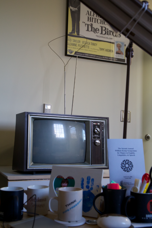 This Beautiful 1977 Zenith Chromacolor II 19 TV Is