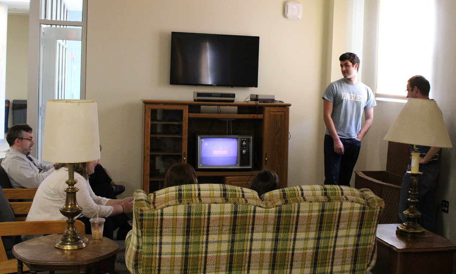 a look at the preliminary setup of the console living room